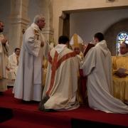 Ordination de fr. Jean-Luc Marie (Narbonne, mars 2011). Onction avec le Saint Chrême.