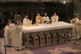 Célébration de l'Eucharistie.