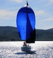 sailing-boat-1473281_640