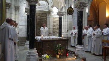 Messe dans la basilique St Louis Marie Grignon de Montfort à St Laurent sur Sèvres, présidée par fr. François-Xavier