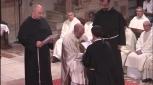 Profession de fr. Hugo - Marie entre les mains de fr. Jean - François - Marie.